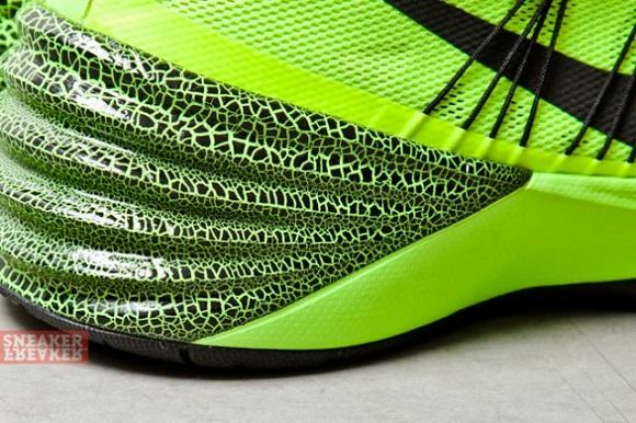 Nike Hyperdunk 2013 Volt – First Look