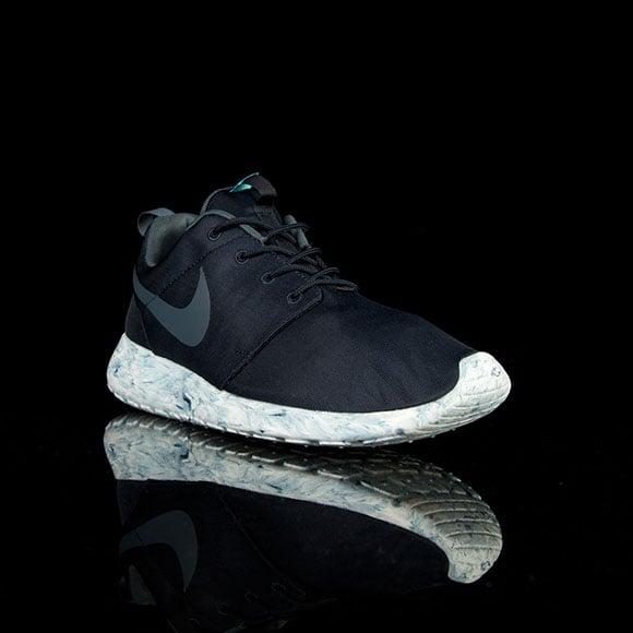 Nike Roshe Course Composition En Noir Et Blanc Marbre