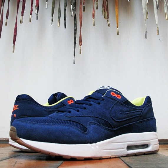 on sale 5963c 4864f A.P.C. x Nike Air Max 1 September 2013 – Now Available | SneakerFiles