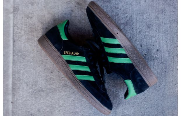 adidas-originals-spezial-black-green-2