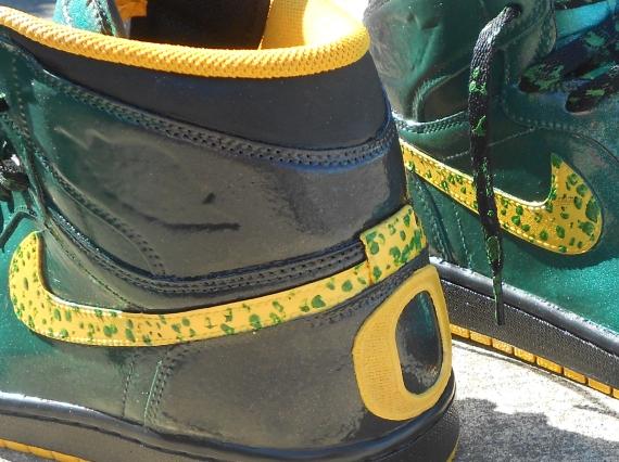 Air Jordan 1 Oregon Ducks Customs by Zadeh Kicks
