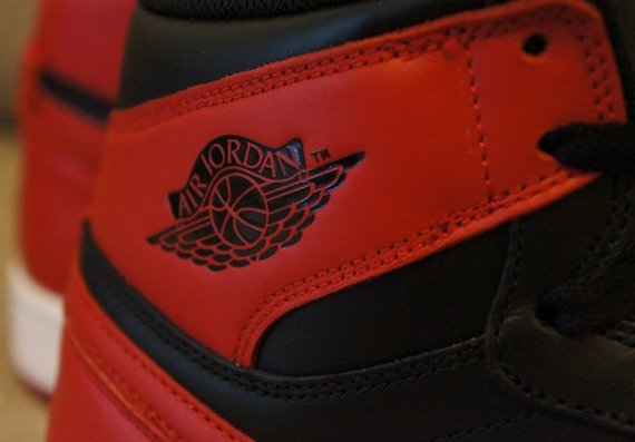 Air Jordan 1 Retro High OG Bred Available Early on eBay