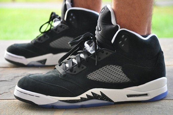 Air Jordan V Oreo On Foot Beauty Shots