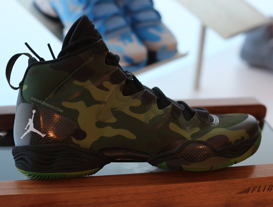 air-jordan-xx8-28-se-green-camo-1
