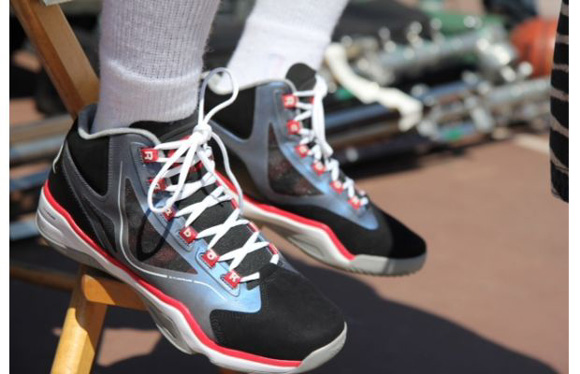 jason-terry-debuts-new-reebok-q96-colorway-1