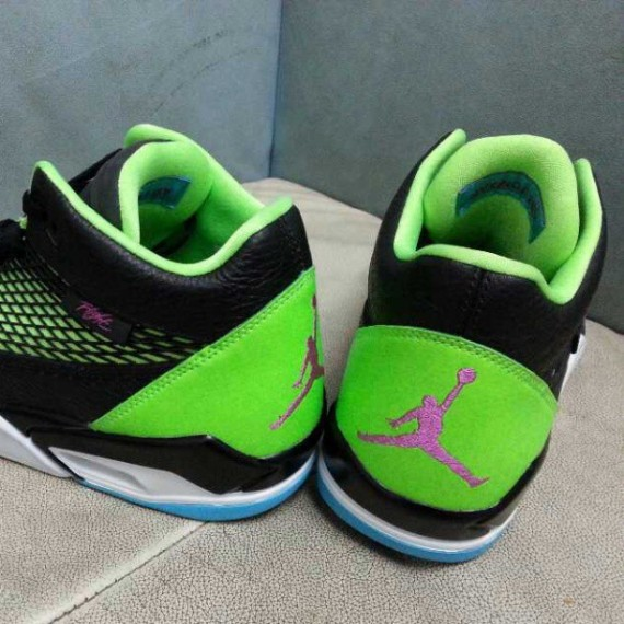 Jordan Flight Club 80s Bel-Air First Look