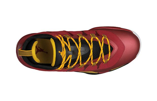 jordan-super-fly-2-gym-red-university-gold-black-3