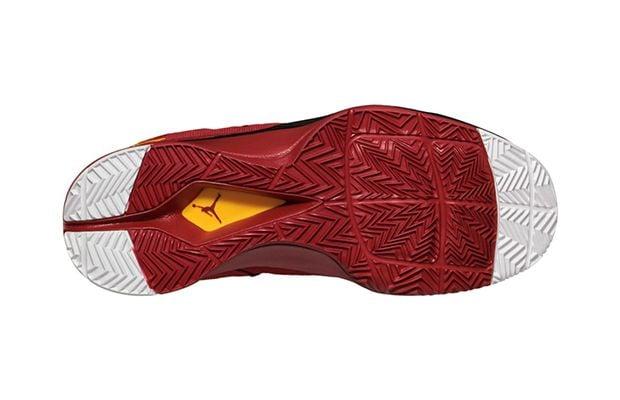 dcb21a9b06fa Jordan Super.Fly 2  Gym Red University Gold-Black