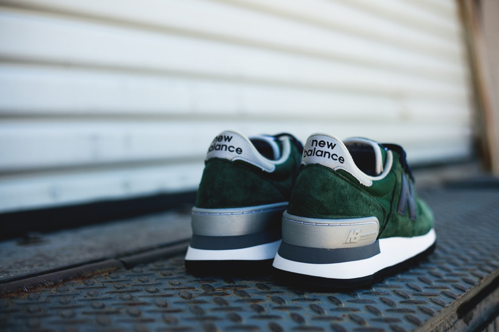 new-balance-990-made-in-usa-green-blue-8