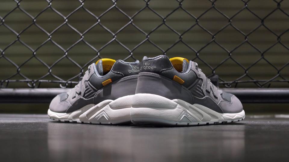 new-balance-mrt580ac-grey-white-5