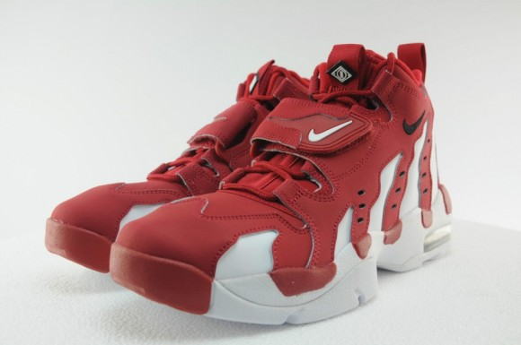 Nike Air DT Max '96 Varsity Red White Another Look