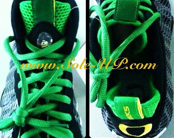 Nike Air Foamposite One Oregon Ducks Teaser