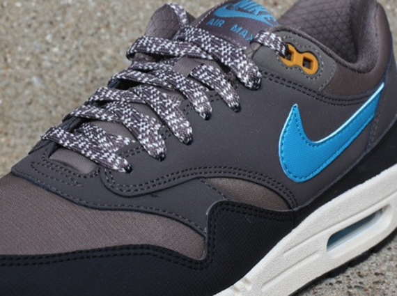 Nike Air Max 1 Essential Smoke Black Blue Now Available