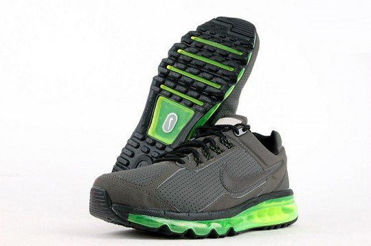 nike-air-max-2013-leather-grey-black-volt-5