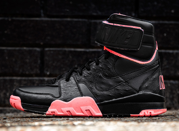 nike-air-shark-trainer-prm-black-atomic-red-release-date-info-1