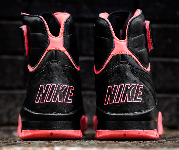 nike-air-shark-trainer-prm-black-atomic-red-release-date-info-4