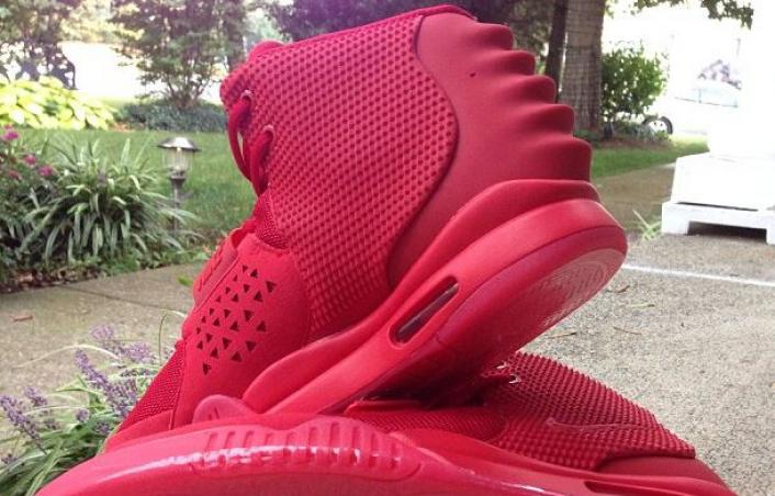 nike-air-yeezy-2-red-october-new-images-1