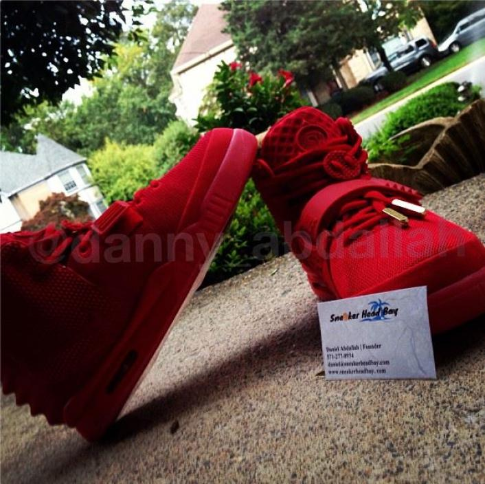 nike-air-yeezy-2-red-october-new-images-3