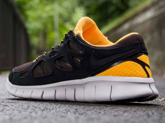 nike free run 2 orange and black