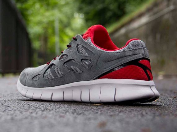 Nike Free Run 2 Cool Grey Challenge Red Black