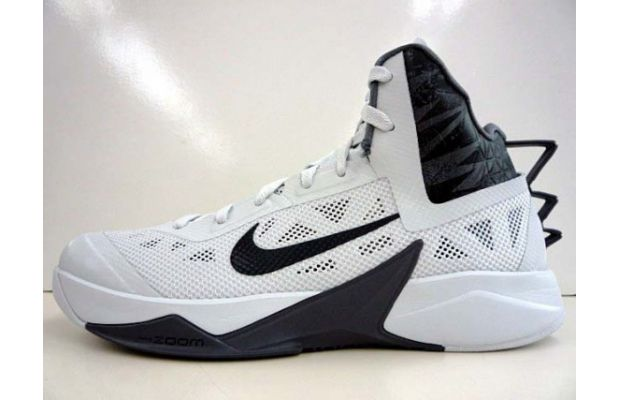 nike-hyperfuse-2013-white-black-1