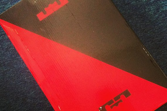 Nike LeBron 11 Packaging First Look
