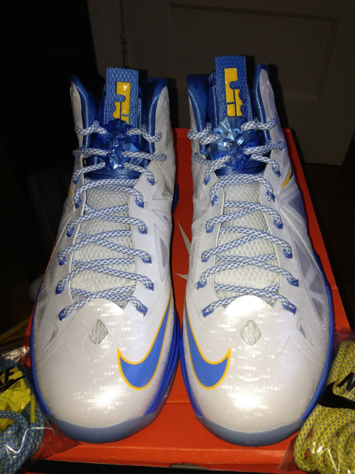 new styles 6f695 fc215 60%OFF Nike LeBron X 10 Swin Cash Home PE
