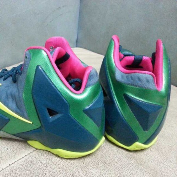 nike-lebron-xi-11-gs-blue-green-volt-new-images-3