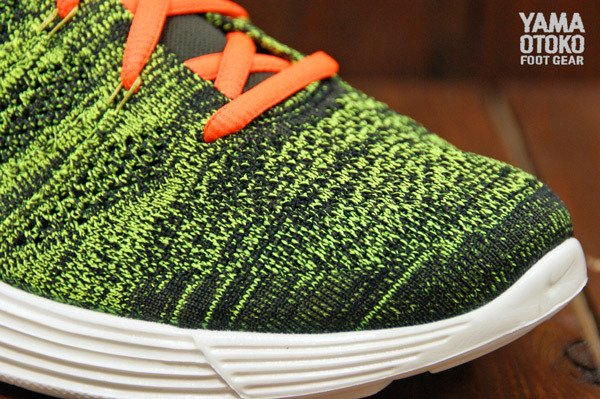 nike-lunar-flyknit-chukka-black-total-orange-sequoia-parachute-gold-new-images-3