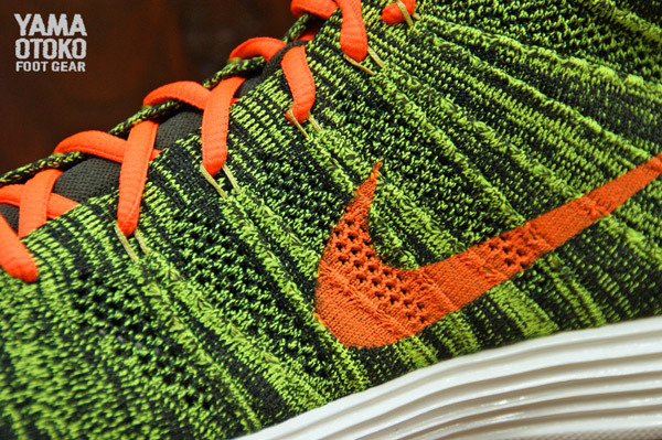 nike-lunar-flyknit-chukka-black-total-orange-sequoia-parachute-gold-new-images-4