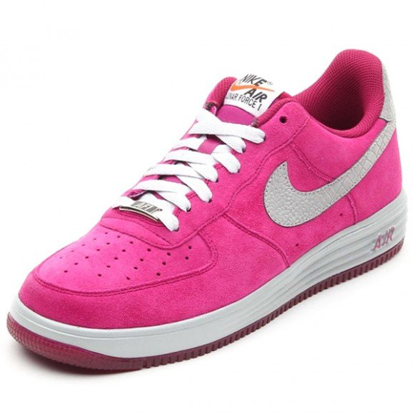 nike-lunar-force-1-reflect-raspberry-red-reflect-silver-release-date-info