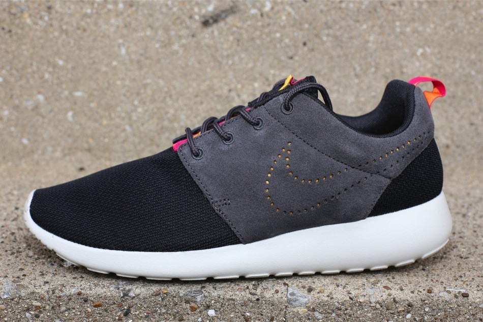 roshe run nike black\/dark charcoal-black\/pink fluoride