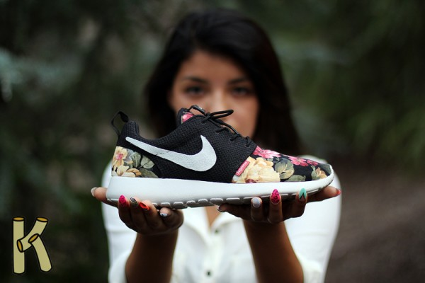 nike-roshe-run-supremo-custom-1