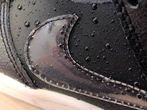 Nike SB Dunk Low Simulated Wetness Preview