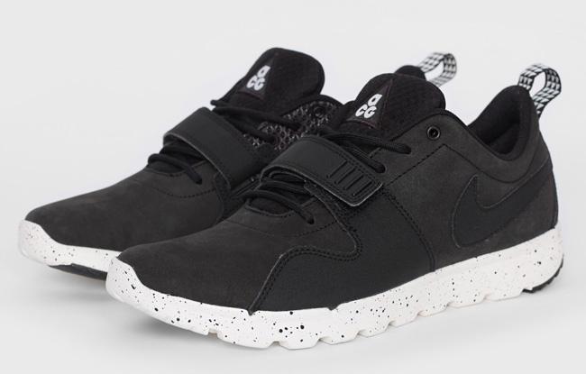 nike-sb-trainerendor-acg-black-white-1