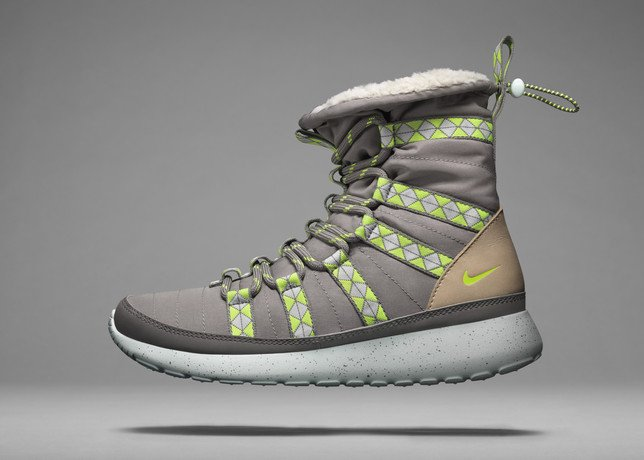 nike-sportswear-unveils-new-sneaker-boot-collection-29