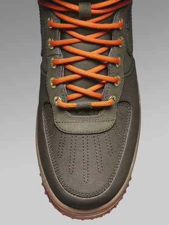 nike-sportswear-unveils-new-sneaker-boot-collection-7