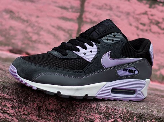 nike air max 90 essential wmns sneaker release