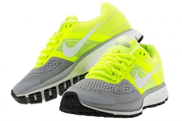nike-wmns-air-pegasus-30-volt-white-wolf-grey-4