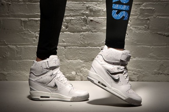 "7384d13364 Nike WMNS Air Revolution Sky Hi ""City Pack"" Paris 