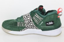 Nike Zoom Revis 'PA's Finest' Sample