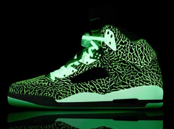NIKEiD Jordan Spiz'ike Glow in the Dark Elephant Print Now Available