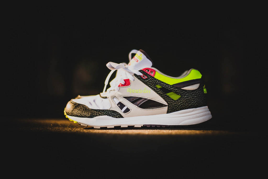 reebok-ventilator-white-charcoal-pink-lime-2