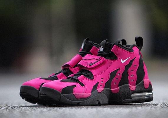 release-reminder-nike-air-dt-max-96-vivid-pink-metallic-silver-black