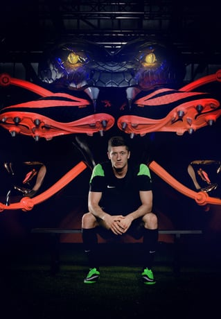 robert-lewandowski-joins-young-footballers-at-nike-hypervenom-berlin-knockout-1