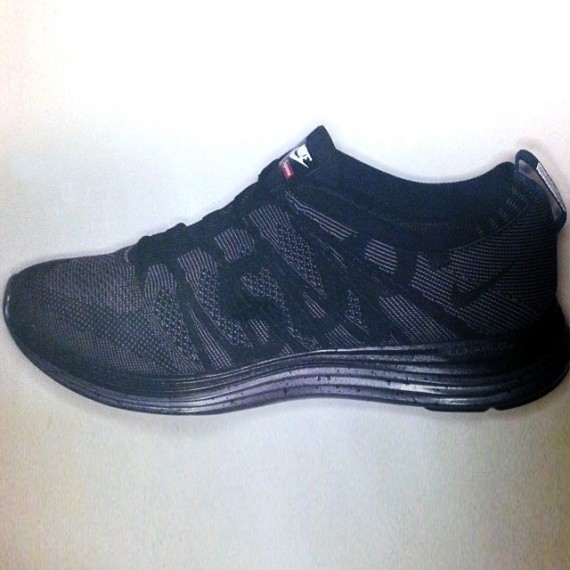 Supreme x Nike Flyknit Lunar1+ Upcoming Release