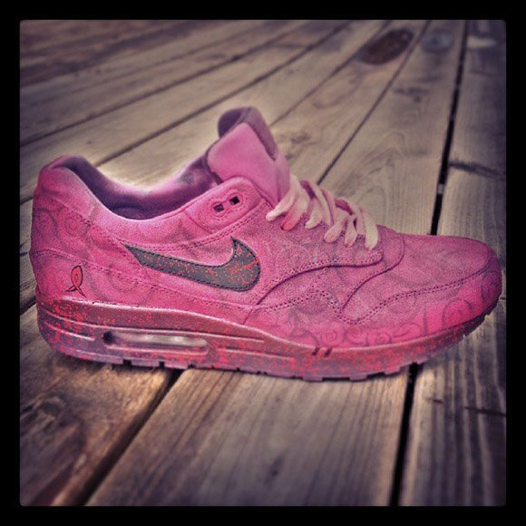 huge discount 52814 11d90 Kickasso is Auctioning Nike Air Max 1 Breast Cancer Awareness on eBay good