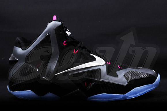 LeBron XI Miami Nights