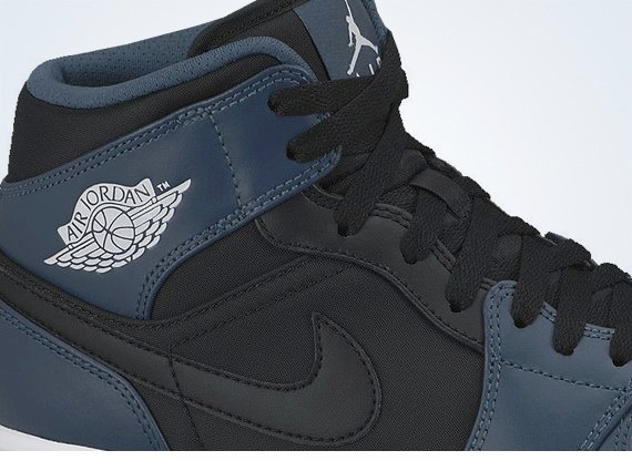 Air Jordan 1 Mid Nightshade First Look