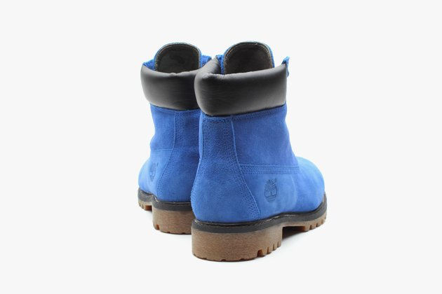 atmos-timberland-6-premium-blue-suede-boots-5